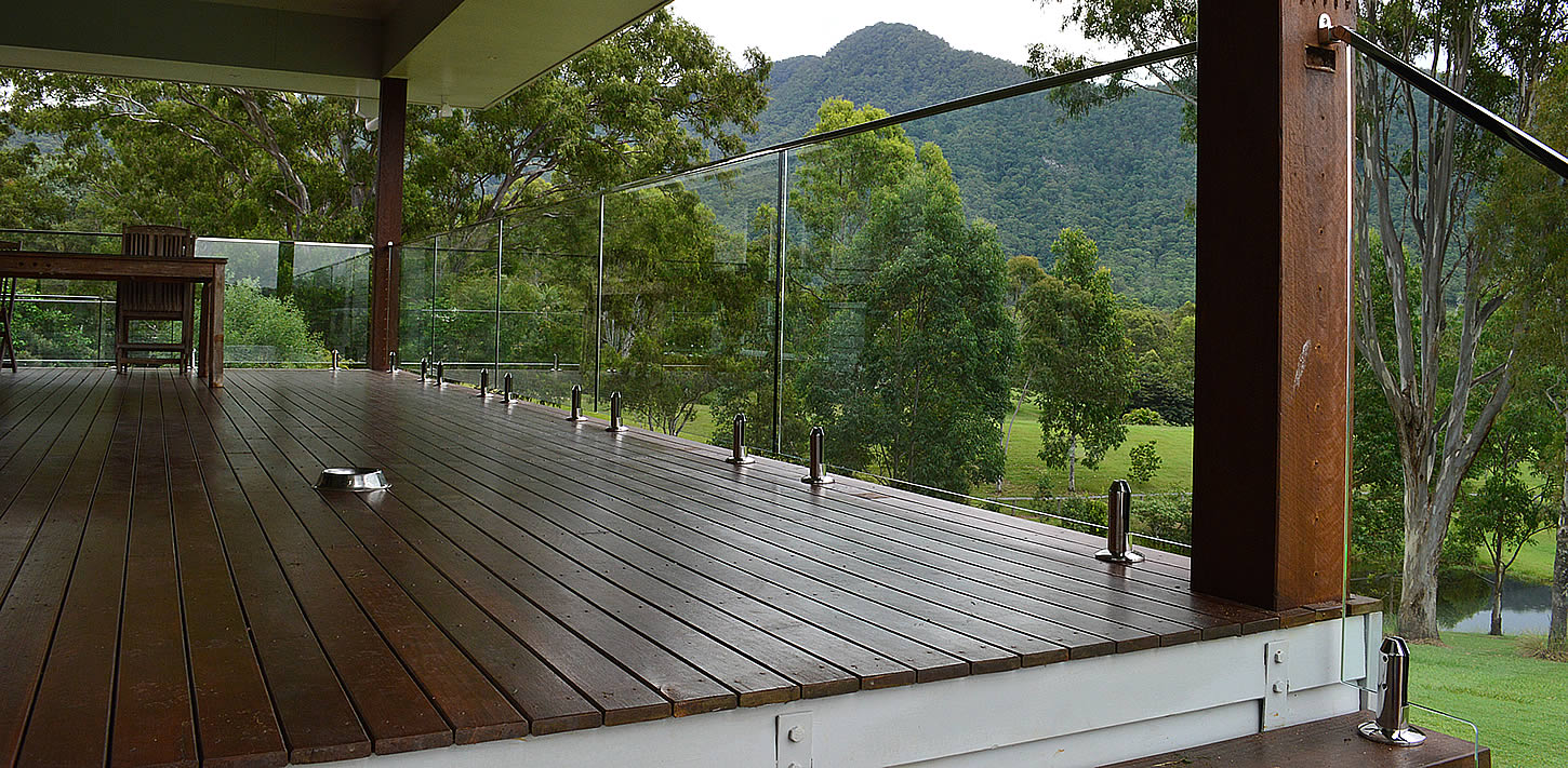 Raphs Glass Pool Fencing Brisbane Glass Pool Fencing Repairs